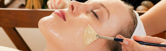 Non-Surgical Chemical Peels in Cleveland, OH